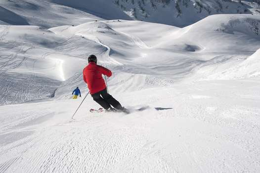 Skiing in Baqueira