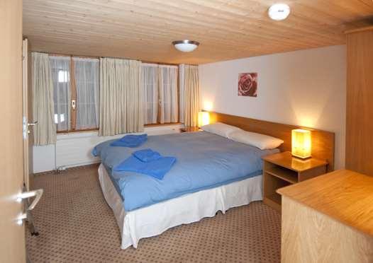 Double bedroom in Chalet Rosa