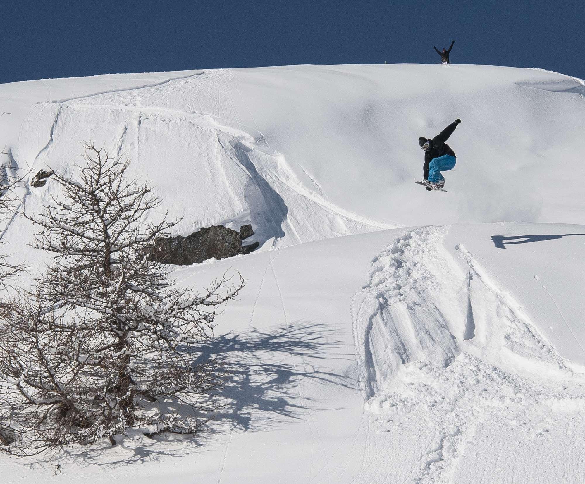 Snowboarding in Serre Chevalier