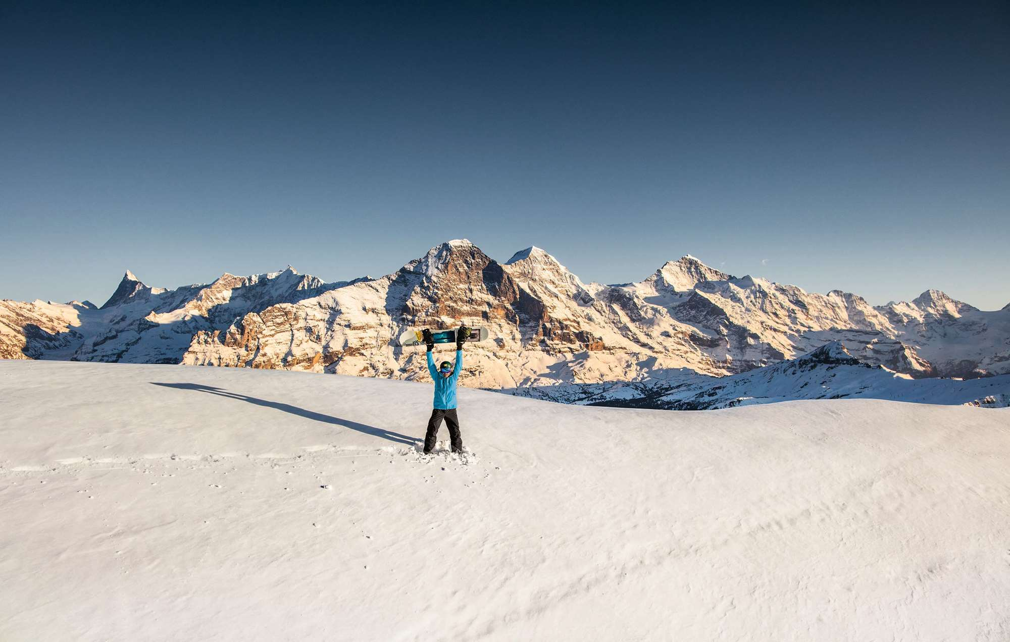 Snowboarding in Lauterbrunnen