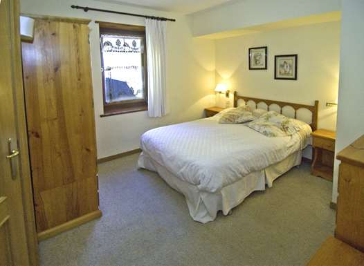 Double bedroom in the Chalet Salana